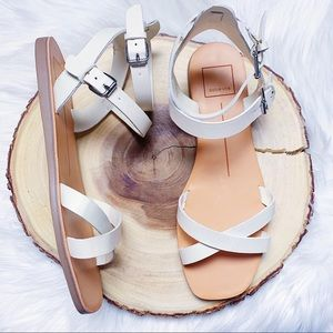 Dolce Vita Caylee Flat Sandal Size 8 NEW $80